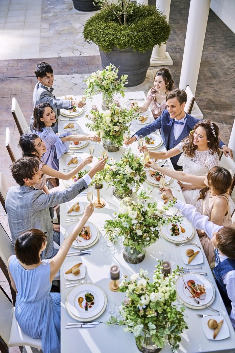 【親族のみの食事会希望の方】<br>《2名~OK★1日1組様完全貸切》<br>少人数ウェディングで安心婚♪<br>会場見学×相談会